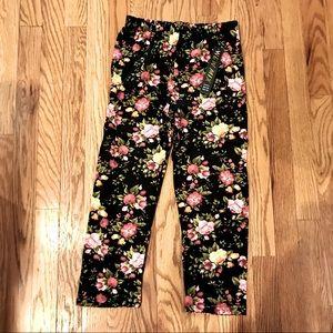 New Mix Capri Floral Leggings